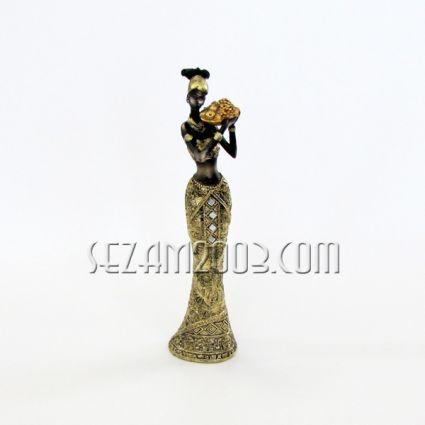 Фигура на черна жена със злато от резин
