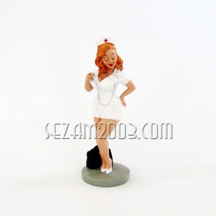 Медицинска сестра - закачлива фигура от полирезин