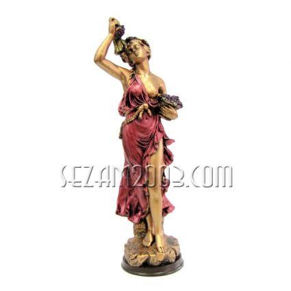Гръцка жена с грозде - фигура от тънкостенна   керамика  ръчно декорирана